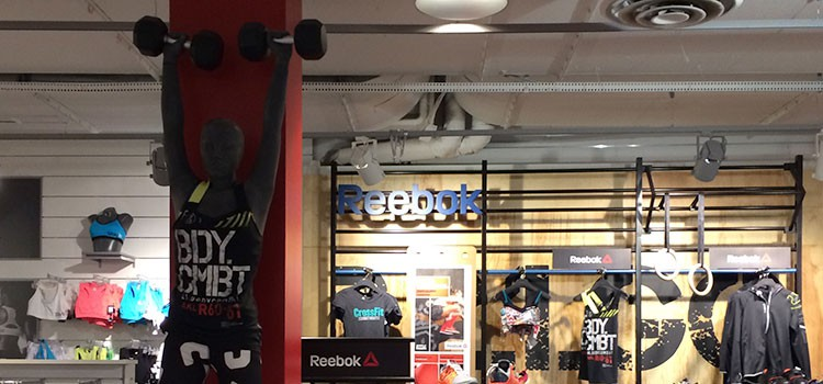Bodycombatkläder på Intersport